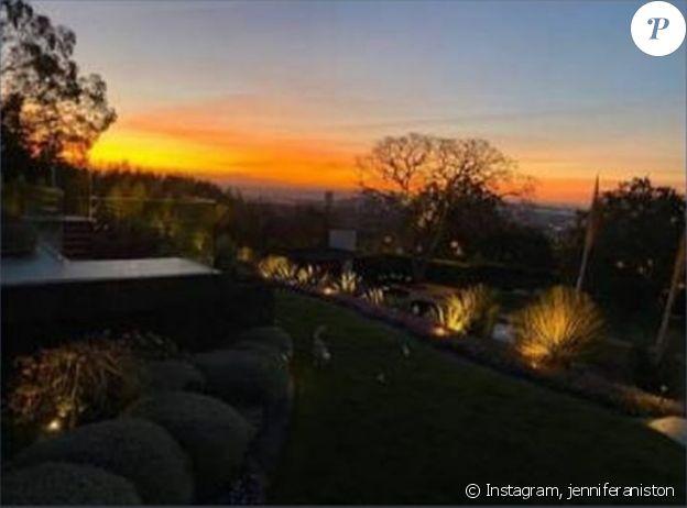 Jennifer Aniston a partagé une rare photo de sa villa de Los Angeles, sur Instagram, mars 2020.