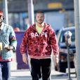 Matt Pokora (M. Pokora) se promène dans les rues de Los Angeles le 3 février 2020.