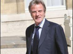 Bernard Kouchner : le ministre des Affaires étrangères est un heureux... grand-père !
