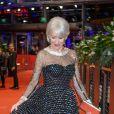 """Helen Mirren lors de la cérémonie de remise du prix """"Ours d'honneur"""" à l'occasion du 70ème Festival international du film de Berlin, La Berlinale. Le 27 février 2020."""