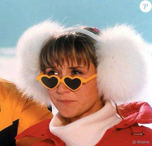 """Marie-Anne Chazel et Gérard Jugnot dans le film """"Les Bronzés font du ski""""."""