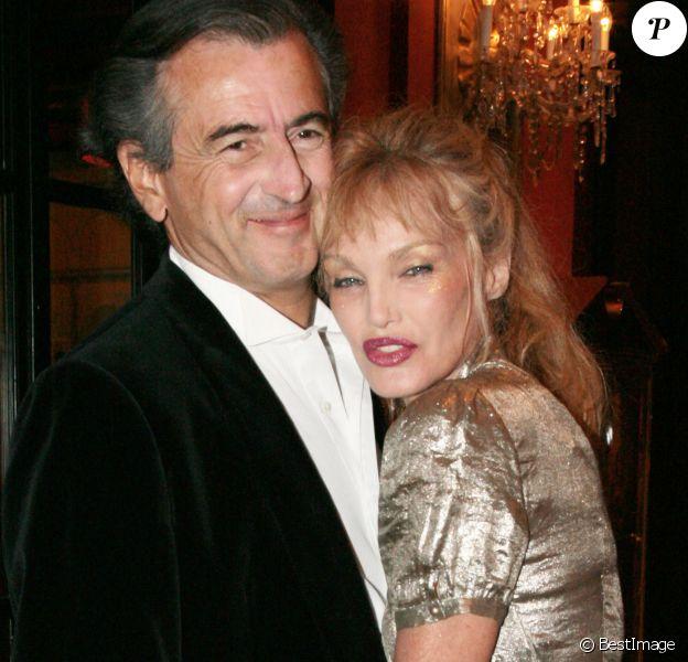 Arielle Dombasle et Bernard Henry Levy en 2007 - Deauville