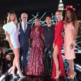 Heidi Klum, Tim Gunn, Nicole Richie, Joseph Altuzarra, Chiara Ferragni et Naomi Campbell dans l'épisode finale de la compétition Making The Cut, disponible sur Amazon Prime Video. Avril 2020.