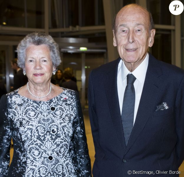 "Valery Giscard d'Estaing et sa femme Anne-Aymone Giscard d'Estaing - Dîner d'inauguration de l'exposition ""Icônes de l'Art Moderne. La Collection Chtchoukine"" à la ""Fondation Louis Vuitton"" à Paris, France, le 20 octobre 2016 © Olivier Borde/Bestimage"