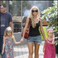 Denise Richards et ses filles Sam et Lola, à Malibu, le 28 août 2009