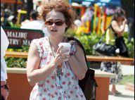 Helena Bonham Carter : un look sympathique... mais regardez ses pieds, c'est une horreur !