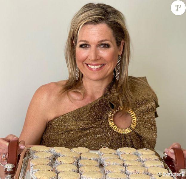 La reine Maxima des Pays-Bas a partagé la recette des alfajores au dulce de leche, biscuits argentins dont elle raffole, à l'occasion de son 49e anniversaire le 17 mai 2020.