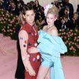 """Lili Reinhart et son compagnon Cole Sprouse (habillés par Salvatore Ferragamo) - Arrivées des people à la 71e édition du MET Gala (Met Ball, Costume Institute Benefit) sur le thème """"Camp: Notes on Fashion"""" au Metropolitan Museum of Art à New York, le 6 mai 2019."""