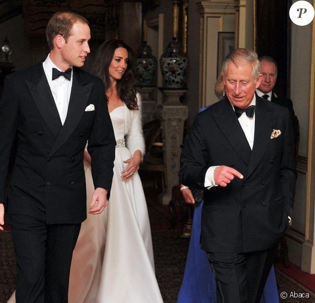 Le prince William, Kate Middleton, le prince Charles - Réception de mariage du prince William et Kate Middleton à palais de Buckingham, le 29 avril 2011.