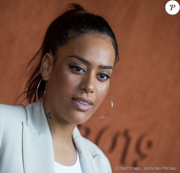 Amel Bent - Célébrités dans le village des internationaux de France de tennis de Roland Garros à Paris, France, le 6 juin 2019. © Jacovides-Moreau/Bestimage