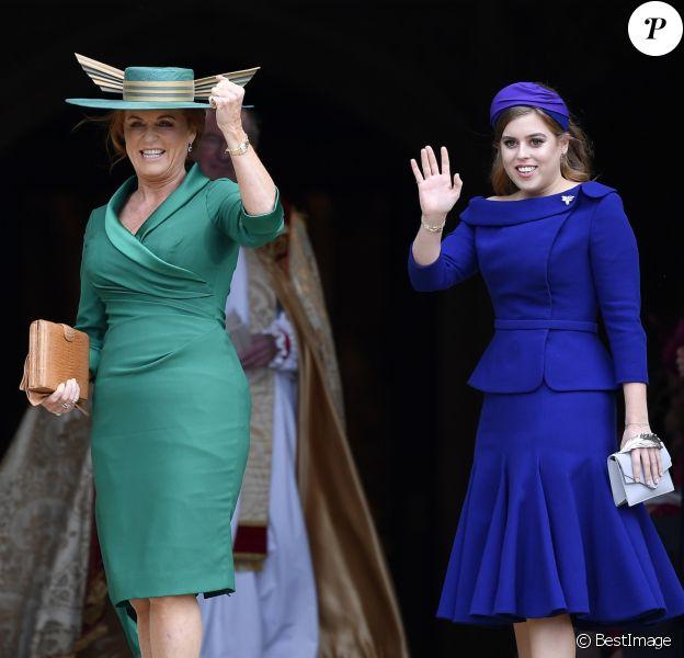 Sarah Ferguson, duchesse d'York et la princesse Beatrice d'York - Les invités arrivent à la chapelle St. George pour le mariage de la princesse Eugenie d'York et Jack Brooksbank au château de Windsor, Royaume Uni, le 12 octobre 2018.