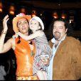 Hermine de Clermont-Tonnerre et son mari Alastair Cuddeford avec leur fille Allegra 01/07/2008