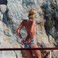 Paris Hilton n'a pas eu d'insolation, ses fesses elle ne les montrera pas !