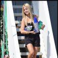 Kristin Cavallari sur la plage de Malibu le 3 septembre 2009