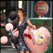 La superbe Jessica Biel est très amoureuse... et le prouve en pleine rue !