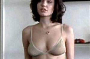 Angelina Jolie dans une scéne... lesbienne censurée ! Regardez !