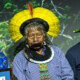 Raoni Metuktire - Cérémonie du prix Equateur 2015 au théâtre Mogador à Paris le 7 décembre 2015. Le Prix Équateur est décerné à des initiatives communautaires locales et autochtones dans le cadre de la Conférence mondiale sur les changements climatiques COP21. © Cyril Moreau / Bestimage