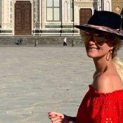 Laeticia Hallyday en Italie avec Pascal Balland ? Jolie touriste à Florence...
