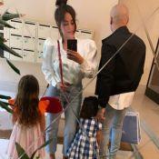 Amel Bent en famille : câlin avec l'une de ses filles