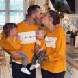 """Tiffany, Justin de """"Mariés au premier regard"""" et leurs filles Romy et Zélie - adorable photo Instagram du 5 juin 2020"""