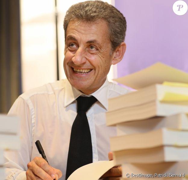 Nicolas Sarkozy Cree La Surprise Ce Secret Qu Il A Tres Bien Garde Purepeople