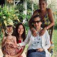 Mareva Galanter, photo de famille avec sa mère, sa grand-mère et Manava. Juillet 2020.