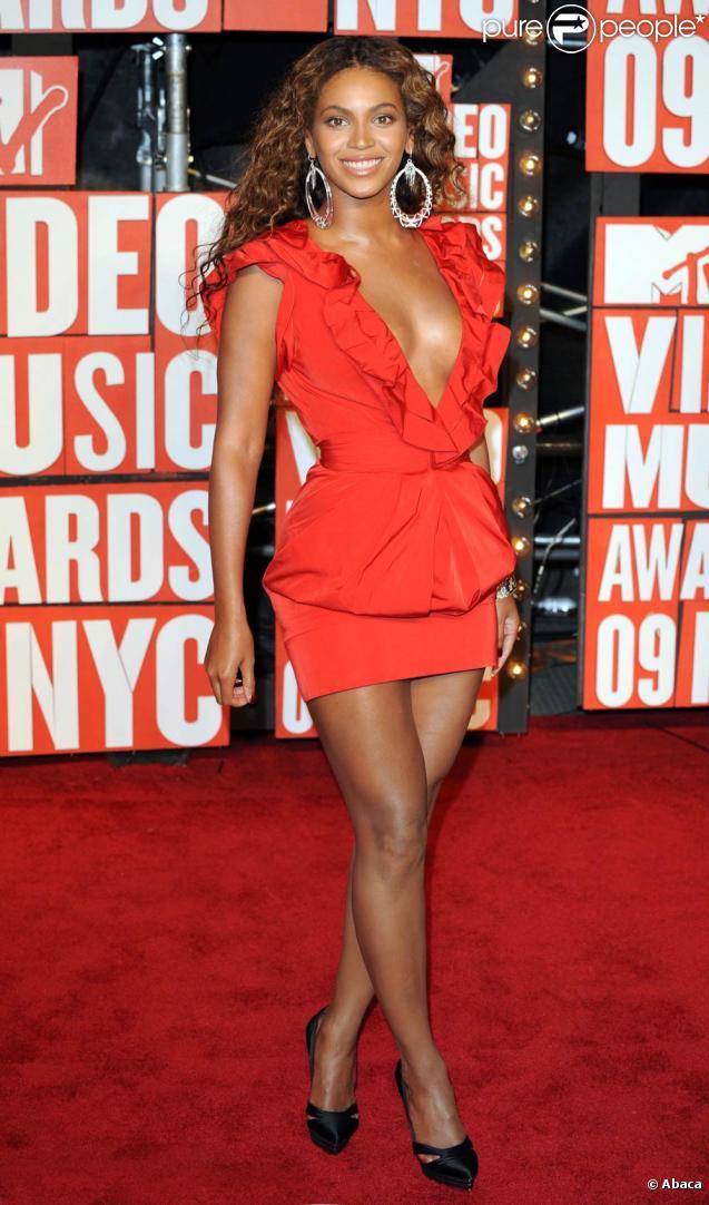 MTV Video Music Awards 2009, le 13 septembre à New York : Beyoncé et son décolleté signé Cavalli