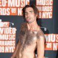 MTV Video Music Awards 2009, le 13 septembre à New York : Tyson Ritter, des All-American Rejects, très, très décolleté... Il est chaud, là !
