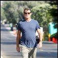 """""""Pïerce Brosnan rejoint sa voiture à Malibu le 3 septembre 2009"""""""