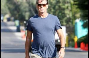 Pierce Brosnan : Le plus sexy des James Bond a... toujours la classe ! En maillot de bain, il assure encore !