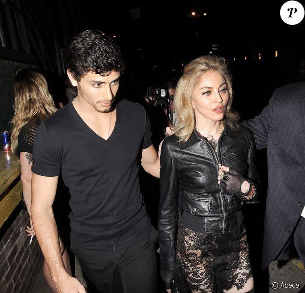 Madonna et Jesus Luz se rendant au fashion show de Marc Jacobs le 14 septembre 2009 à New York