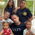 Franck Ribéry heureux de retrouver ses cinq enfants à la fin de la saison, Hiziya, Shahinez, Seïf el Islam, Mohammed et Keltoum. Le 1er août 2020.
