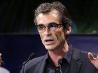 Raphaël Enthoven : Gifles quotidiennes, brutalité... il dénonce son beau-père