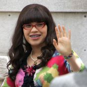 "America Ferrera dans Ugly Betty saison 4 : un avant-goût ""piquant""... Regardez!"
