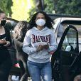 Christina Milian, portant un masque, assiste à une fête d'anniversaire un peu particulière, en voiture, à Los Angeles. Le 15 mai 2020.