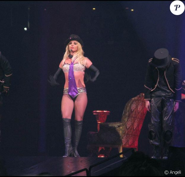 """Britney Spears poursuit sa tournée """"Circus starring Britney Spears""""... et prépare un DVD live en 3D !"""