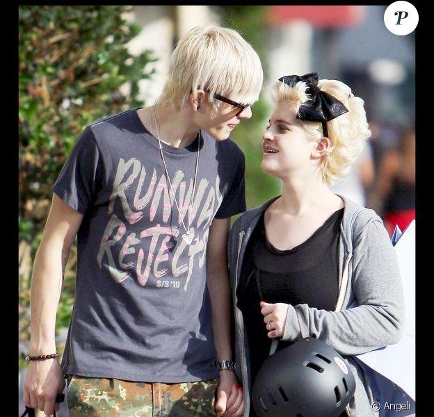 Kelly Osbourne et son amoureux Luke Worrall passent de superbes moments à Hollywood. 19/09/09