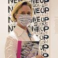 Delphine Boel, la fille illégitime du roi Albert II de Belgique, dédicace son livre à la galerie Gyy Pieters à Knokke en Belgique le 7 aout 2020