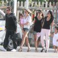 Johnny, Laeticia Hallyday et leur filles Jade et Joy arrivent à St-Barth avec la nounou Maryline