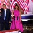 Le président américain Donald Trump et la première dame, Melania Trump - Donald Trump, accompagné de Melania Trump, et Mike Pence poursuivent la Convention nationale Républicaine au Fort McHenry à Baltimore devant leurs partisans, le 26 août 2020.