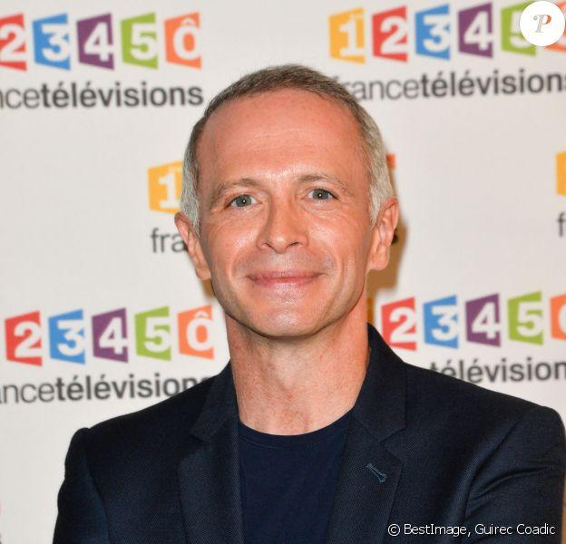 Samuel Étienne lors du photocall de la présentation de la nouvelle dynamique 2017-2018 de France Télévisions. © Guirec Coadic/Bestimage
