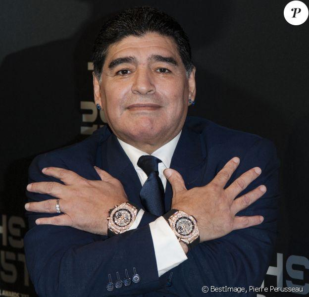 Diego Maradona fêtera ses 60 ans le 30 octobre - Diego Maradona (2 montres Hublot) - The Best FIFA Football Awards 2017 au London Palladium à Londres, le 23 octobre 2017. © Pierre Perusseau/Bestimage