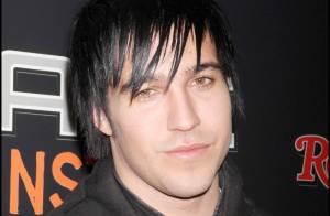 Pete Wentz des Fall Out Boys : regardez leur scène de concert se transformer... en salon de coiffure !