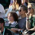 Estelle Lefébure et ses enfants, son fils Giuliano Ramette et sa fille llona Smet dans les tribunes des internationaux de Roland Garros, à Paris, France, le 31 mai 2018. © Cyril Moreau - Dominique Jacovides/Bestimage