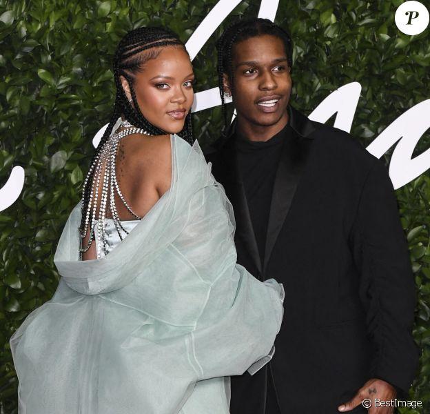 """ASAP Rocky, Rihanna - Les célébrités assistent à la cérémonie des """"Fashion Awards 2019"""" au Royal Albert Hall à Londres."""