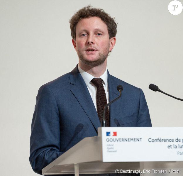 Clément Beaune, secrétaire d'Etat chargé des Affaires Européennes lors de la conférence de presse sur la stratégie vaccinale et la lutte contre le coronavirus (COVID-19) à Paris. © Eric Tschaen / Pool / Bestimage