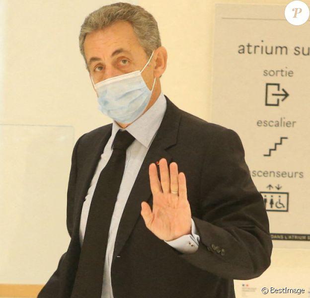 """Nicolas Sarkozy - Arrivées au réquisitoire, procès des """"écoutes téléphoniques"""" ( affaire Bismuth) au tribunal de Paris"""