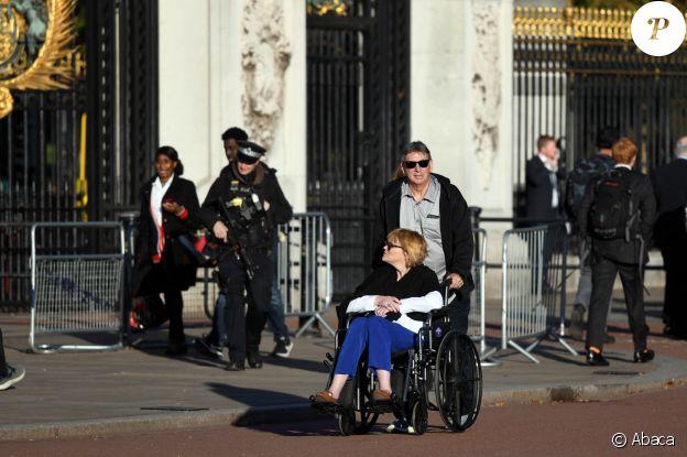 Samantha Markle à Londres, près du palais de Buckingham, en octobre 2018.