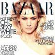 La belle January Jones en couverture de  Harper's Bazaar  !