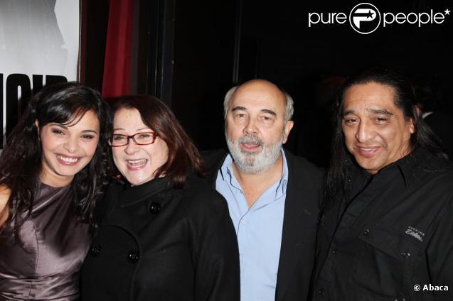 Saida Jawad, Josiane Balasko, Gérard Jugnot et Georges Aguilar lors de la première de Rose & Noir à Paris le 13 octobre 2009